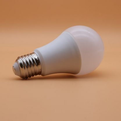 Broadlink LB1 Smart dimming Light bulb